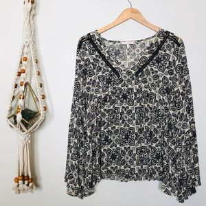 Anthropologie Eri + Ali Bell Sleeve Top Size M